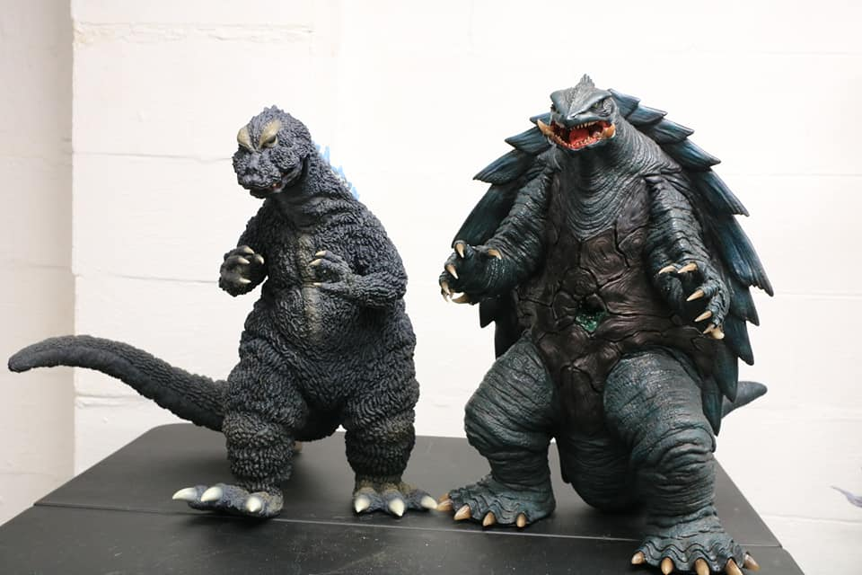 Prime One Studios Gamera 1999 size coparison with X-Plus Gigantic Series Godzilla 1964.