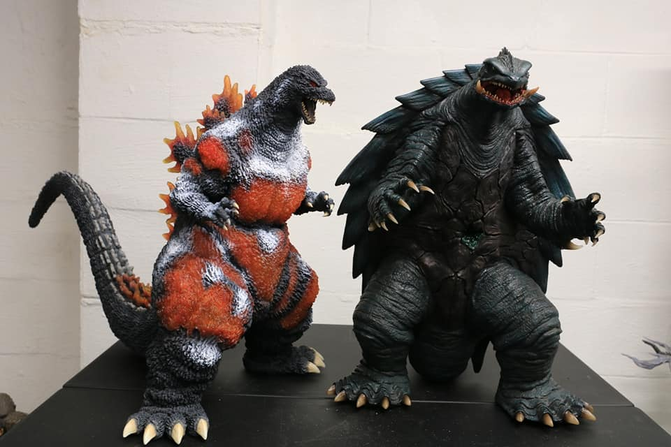 Prime One Studios Gamera 1999 size coparison with X-Plus Gigantic Series Godzilla 1995 Frozen Version..