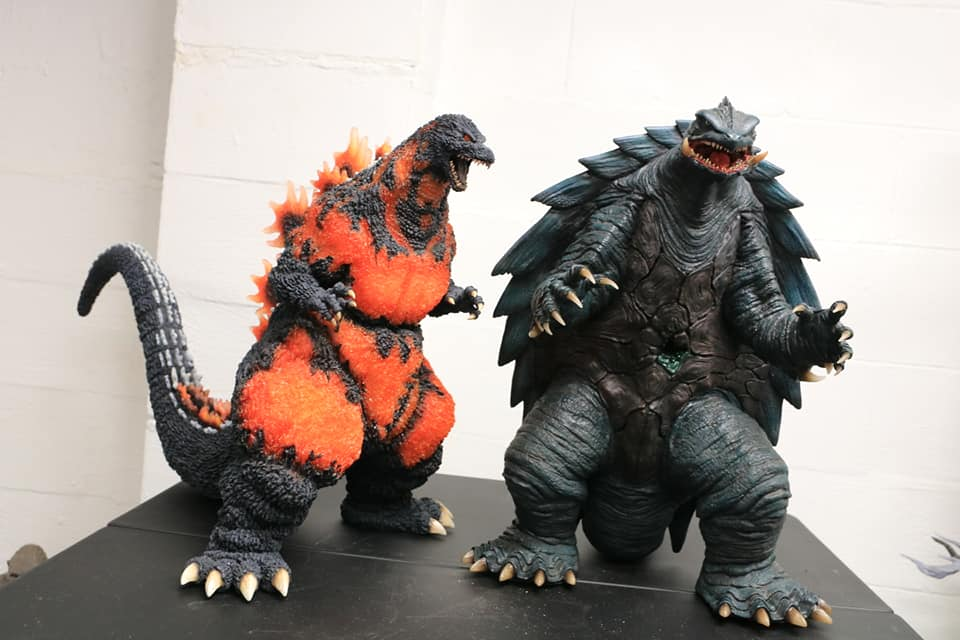Prime One Studios Gamera 1999 size coparison with X-Plus Gigantic Series Godzilla 1995 SDCC Version.