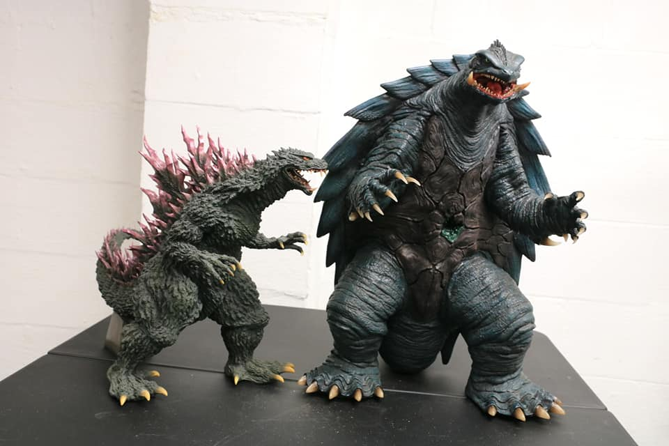 Prime One Studios Gamera 1999 size coparison with X-Plus Gigantic Series Godzilla 1999.